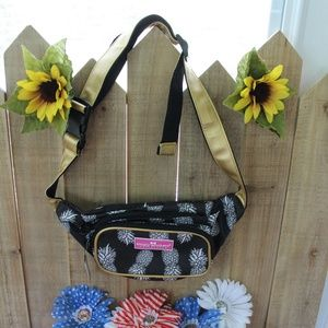 NEW Simply Southern Fannie Pack Belt Bag Hipster